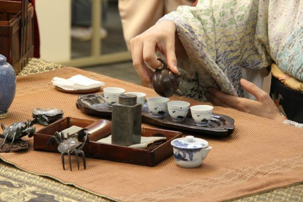 Cérémonie du thé avec Michiko Noguchi - Les Poissons du ciel