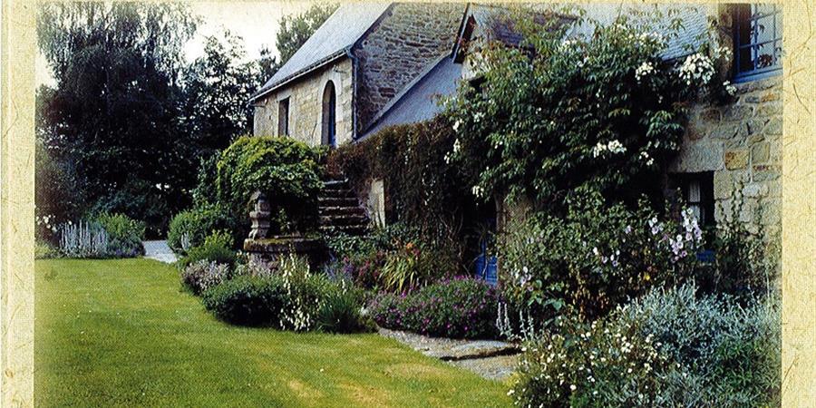 N°18 - 2000 - Tiez Breiz - Maisons et Paysages de Bretagne