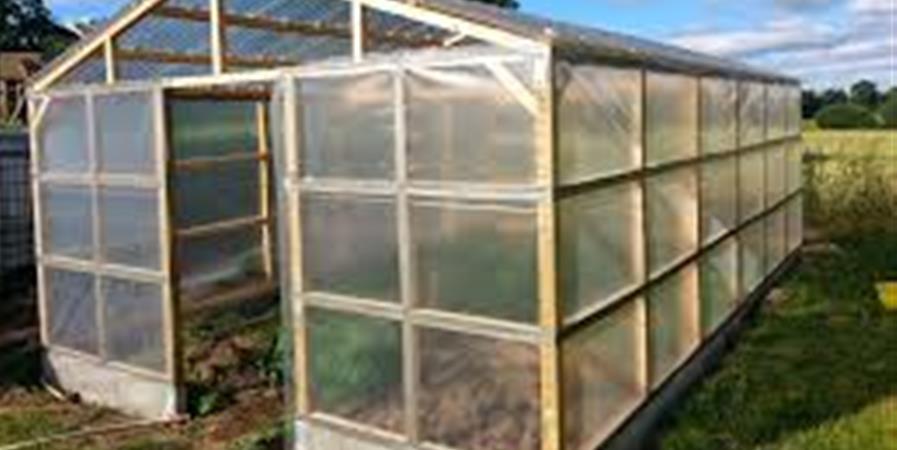 J1/2 Serre à plants autoconstruction - Chez Simone