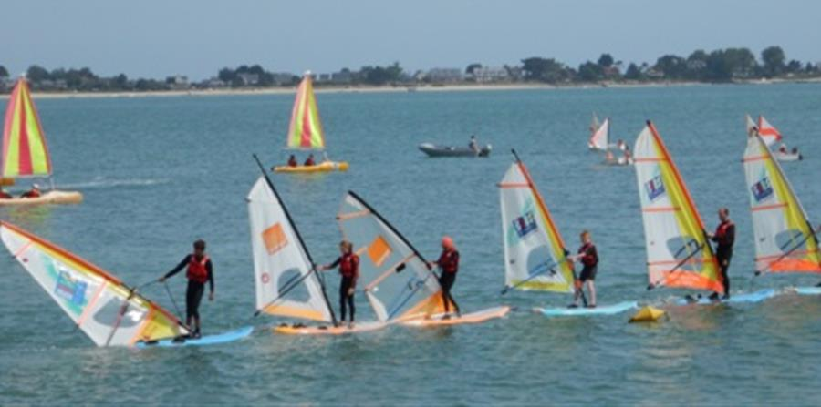 STAGE SAINT VAAST LA HOUGUE - Centre Nautique Est Cotentin
