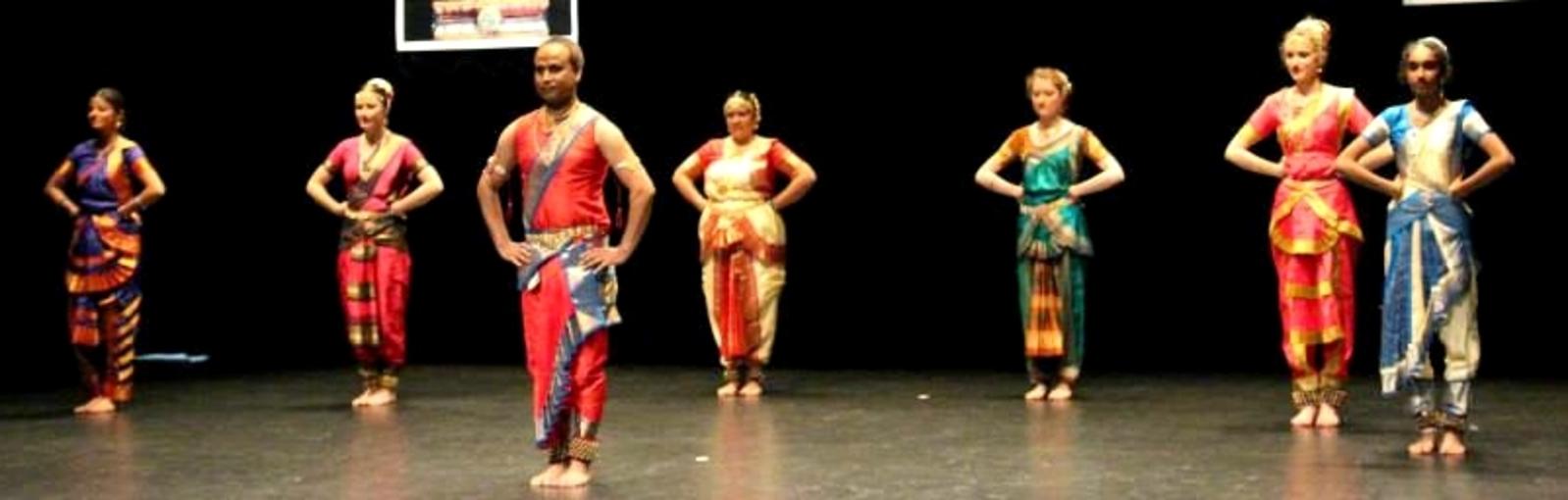 Bharata Natyam intermédiaires - Association Mira-Baï