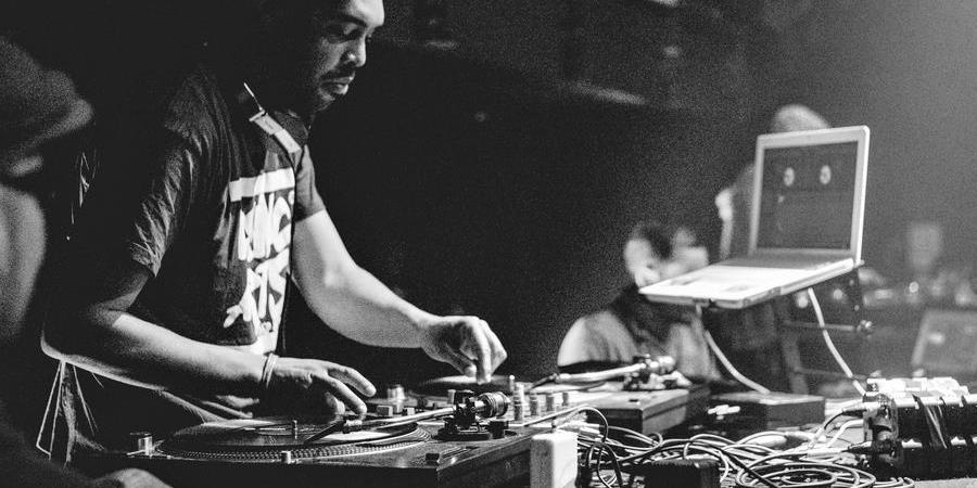 """Renc'Arts Hip Hop #21 - Concert Rap """"Passe le Mic"""" au Vauban - MAISON POUR TOUS DE PEN AR CREAC'H"""