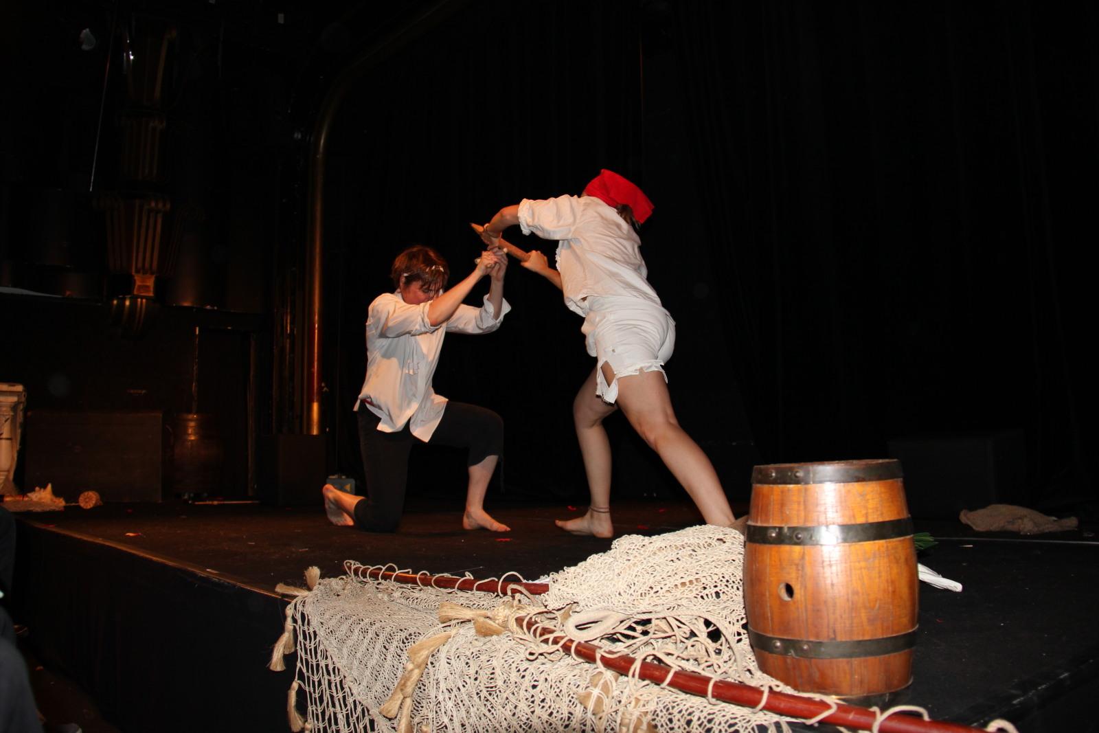 Théâtre/ATELIER TROUPE-SPECTACLES - Action et cie