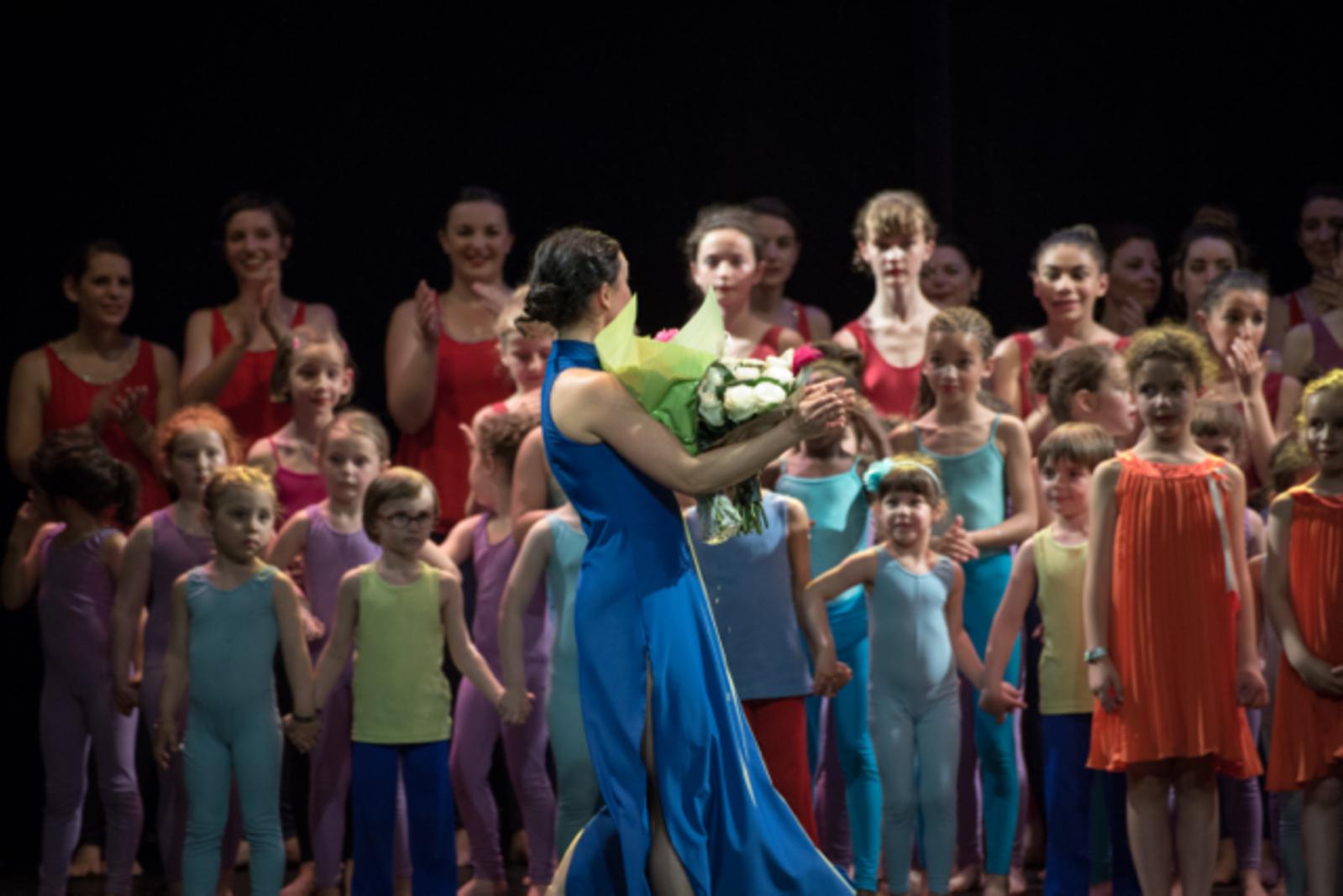 Danse contemporaine enfants - Julie Portanguen et l'association L'éveil et l'envol