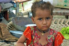 Petite_fille_pakistanaise_06.09.10