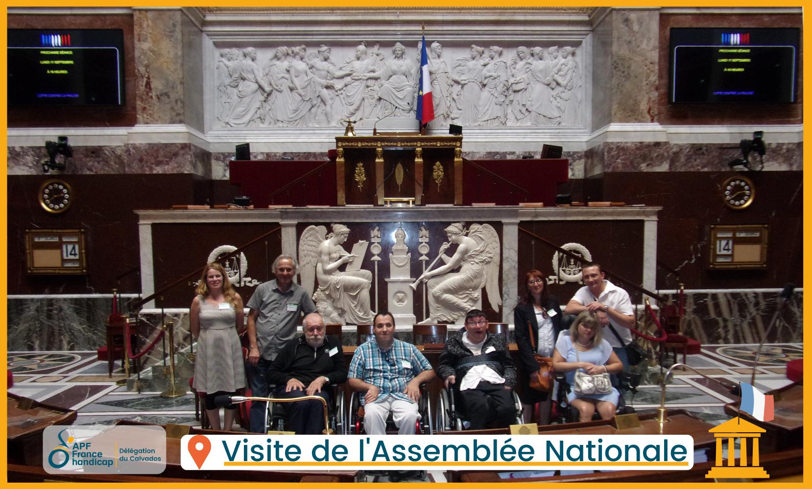 Groupe d'adhérents APF France Handicap en visite à l'Assemblée Nationale