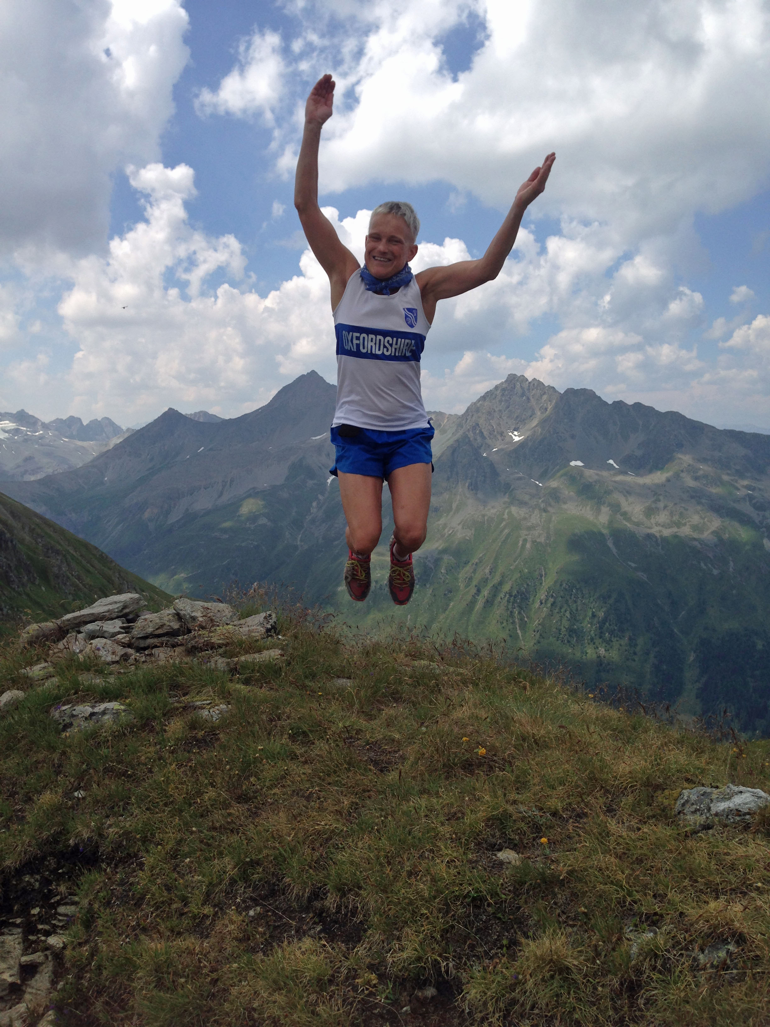 Running Le Grand Raid des Pyrénées for the Rights of Girls all over the World -
